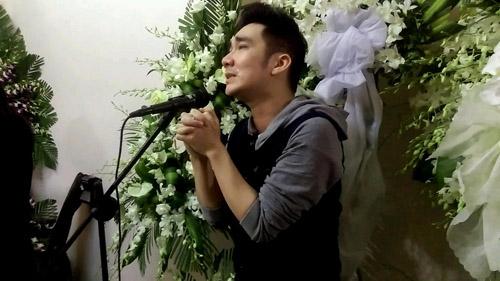 Dòng người tiếc thương tiễn đưa nhạc sỹ Nguyễn Ánh 9 - 13