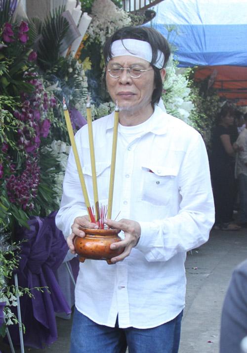 Dòng người tiếc thương tiễn đưa nhạc sỹ Nguyễn Ánh 9 - 1