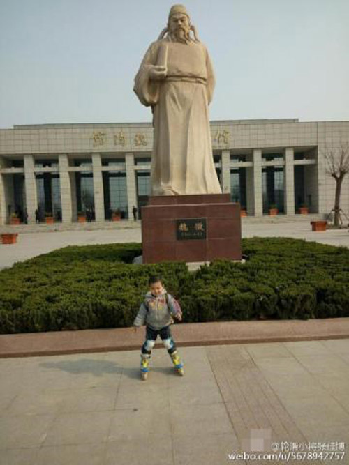 Cha dẫn con 4 tuổi trượt patin 540km để... dạy cách sống - 4