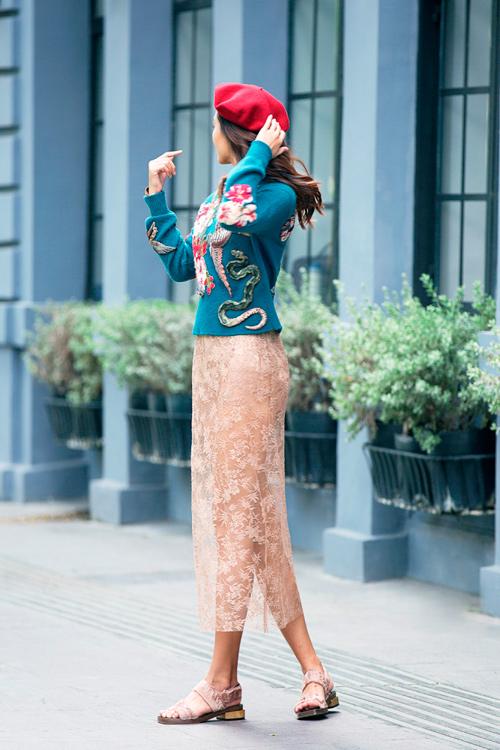 Váy hot nhất tuần: Chân váy gây hiểu lầm của Mâu Thủy - 3