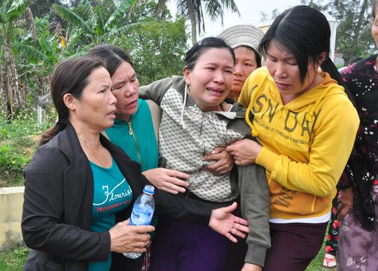 Chìm trong nước mắt bên 9 linh cữu học sinh - 5