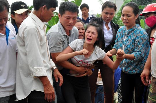 Chìm trong nước mắt bên 9 linh cữu học sinh - 6