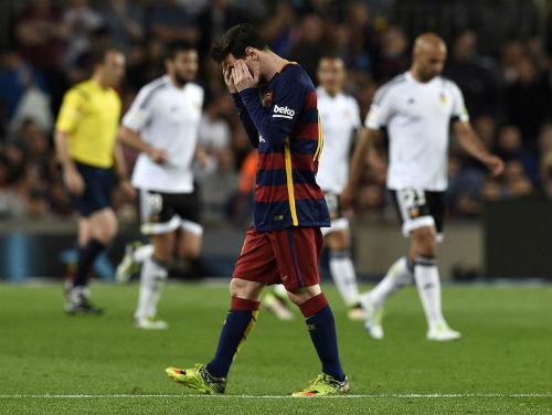 Tiêu điểm Liga vòng 33: Barca buồn, Messi có vui đâu - 1