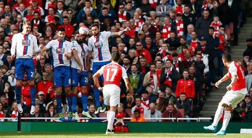 Nếu thực sự yêu Arsenal, Wenger hãy ra đi - 2