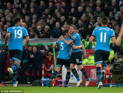 Chi tiết Stoke - Tottenham: Không thể ngăn cản (KT) - 8