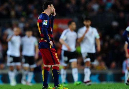 Liga trước vòng 34: Barca không còn đường lui - 1
