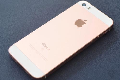 Nên mua iPhone SE hay iPhone khác - 1