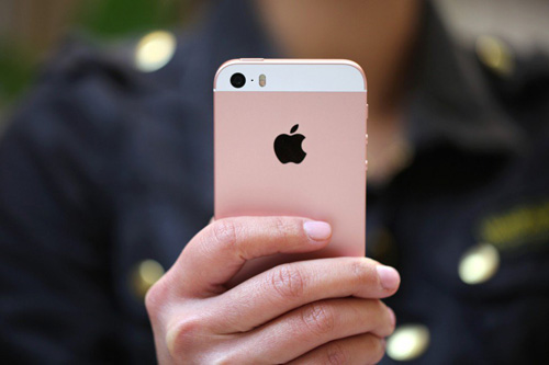 Nên mua iPhone SE hay iPhone khác - 2