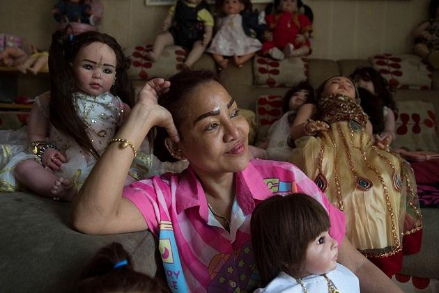 Cơn sốt nuôi búp bê như con đẻ ở Thái Lan - 1