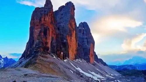 Chiêm ngưỡng những ngọn núi đẹp nhất thế giới - 2