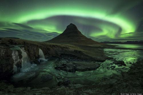 Chiêm ngưỡng những ngọn núi đẹp nhất thế giới - 3