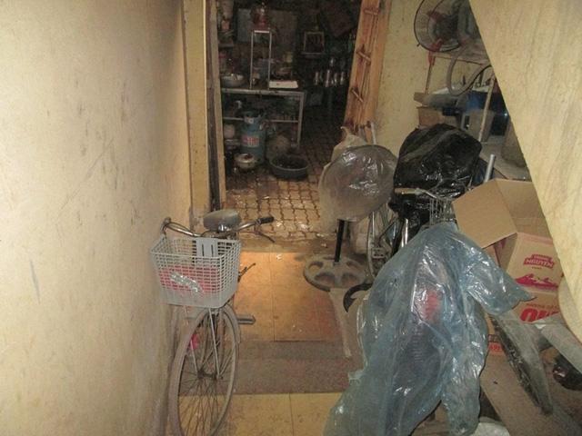 Chuyện lạ ở Hà Nội: Chung cư cao tầng... bốc mùi - 8