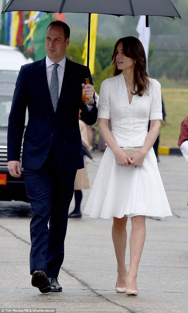 Công nương Anh chi 1 tỷ sắm váy áo cho 7 ngày công du - 14