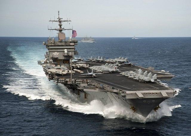 Ảnh: Độ hoành tráng của tàu sân bay Mỹ - 14