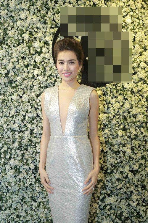 Mỹ nhân Việt nô nức khoe dáng với váy ren quyến rũ - 6
