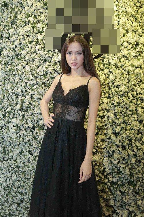Mỹ nhân Việt nô nức khoe dáng với váy ren quyến rũ - 10