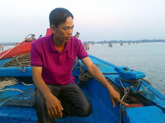 Tàu cá của ngư dân Quảng Nam bị đâm giữa trùng khơi - 1