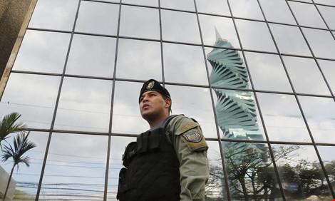"""""""Tài liệu Panama"""": Mỹ điều tra trốn thuế - 1"""