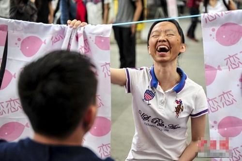 Giới trẻ Trung Quốc làm mặt xấu thử lòng người yêu - 2