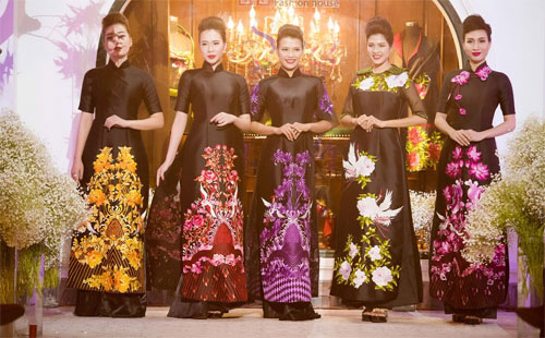 Nữ tính và quyến rũ với áo dài đen bí ẩn - 1
