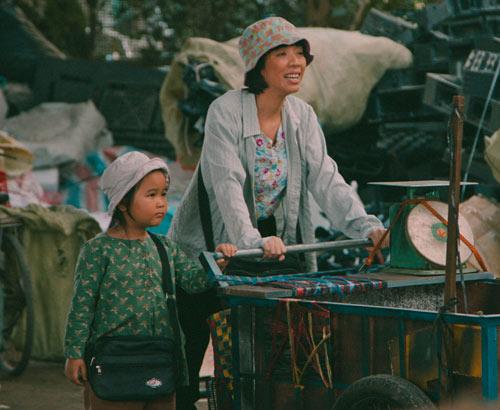 Xúc động với vai người mẹ thiểu năng của Thu Trang - 4