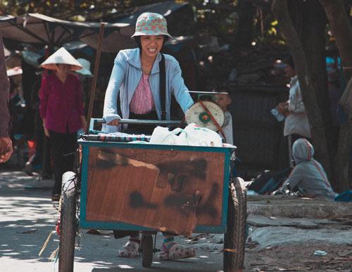 Xúc động với vai người mẹ thiểu năng của Thu Trang - 9