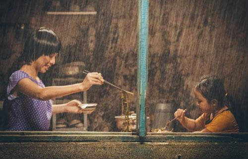 Xúc động với vai người mẹ thiểu năng của Thu Trang - 6