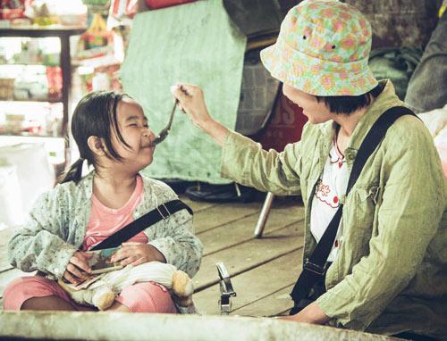 Xúc động với vai người mẹ thiểu năng của Thu Trang - 10