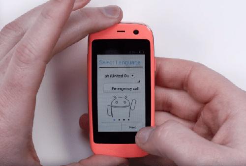 Ra mắt chiếc smartphone Android nhỏ nhất thế giới - 1
