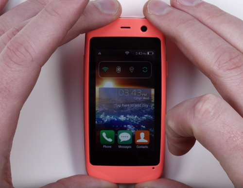 Ra mắt chiếc smartphone Android nhỏ nhất thế giới - 2