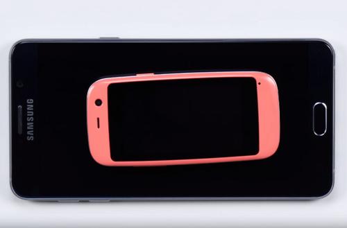 Ra mắt chiếc smartphone Android nhỏ nhất thế giới - 4