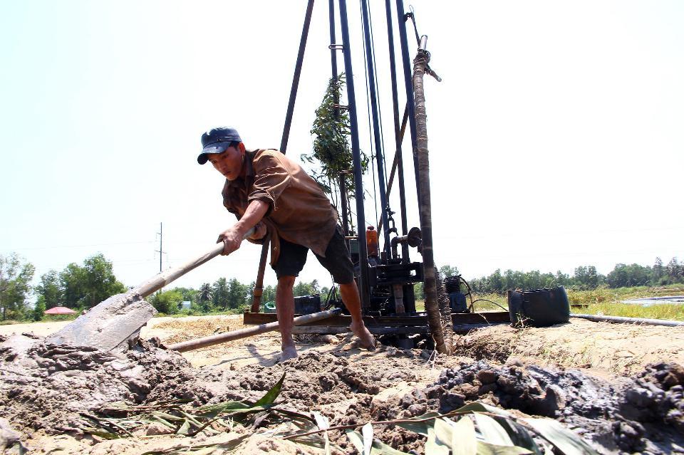 Báo nước ngoài viết về hạn hán ở đồng bằng sông Cửu Long - 1