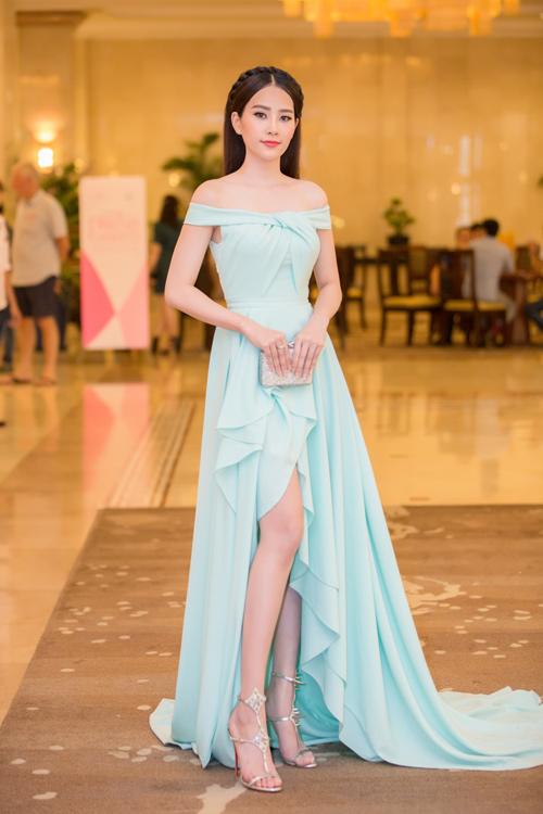 Phạm Hương được vinh danh là Người phụ nữ của năm - 10