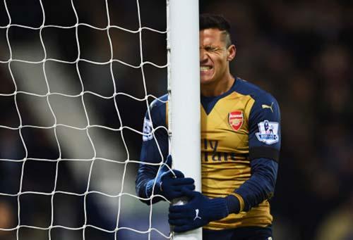Arsenal – West Brom: Cột mốc 500 và khán đài trống - 2