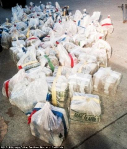 Mexico: Phát hiện đường hầm chứa ma túy dài nhất thế giới - 1