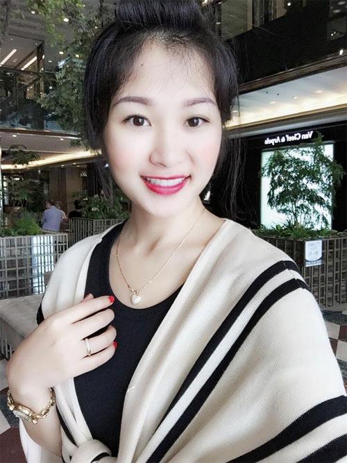 """Bà mẹ Việt 30 tuổi gây """"sốt"""" vì trẻ đẹp như thiếu nữ - 3"""