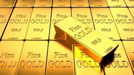 Vàng bất chợt giảm khi xu hướng bán ra tăng - 1