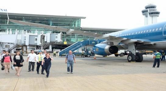 Tổng công ty Cảng hàng không VN bất ngờ báo lỗ nghìn tỉ - 1