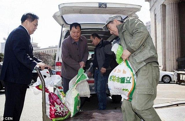 TQ: Đánh xe tải chở 800kg tiền xu đi gửi tiết kiệm - 1