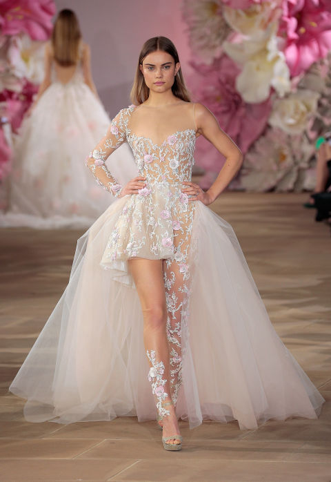 Váy cưới mỏng tang dành cho cô dâu táo bạo - 3