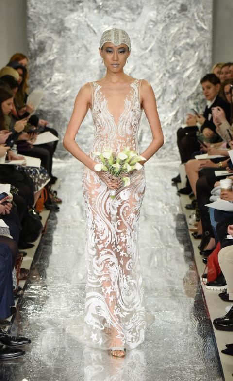 Váy cưới mỏng tang dành cho cô dâu táo bạo - 12