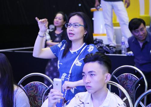 Quang Linh giản dị, xuề xòa bên Đan Trường bảnh bao - 8