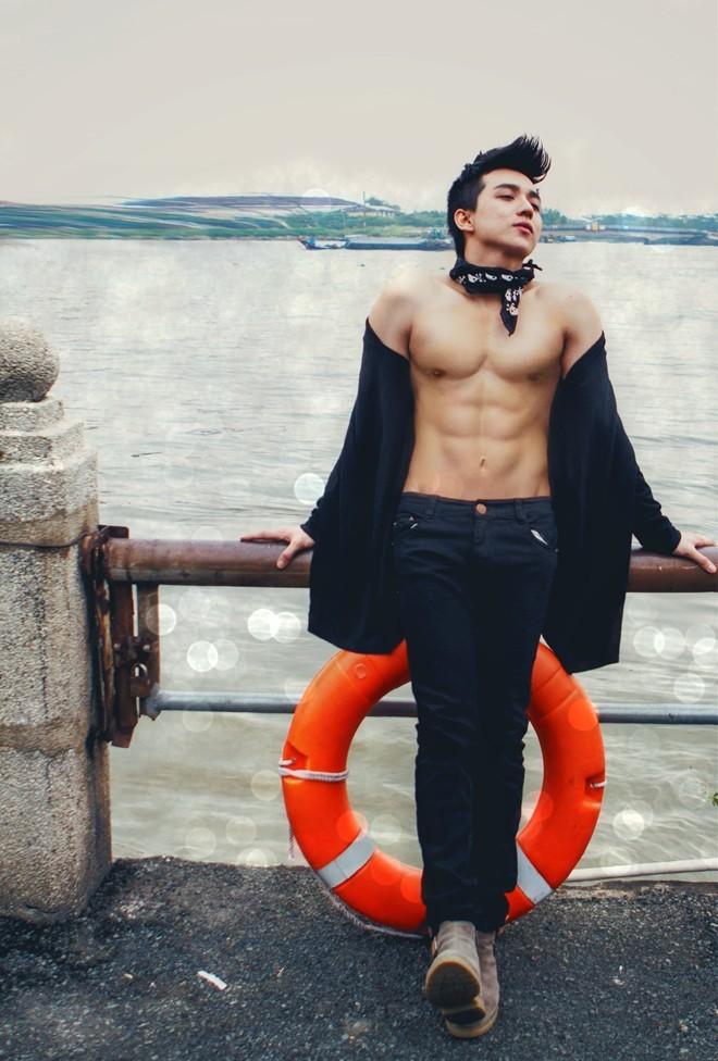 Bí quyết tập cơ bụng 6 múi của mỹ nam Quảng Bình - 6