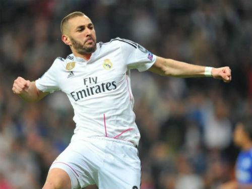Tin HOT tối 21/4: Zidane đánh giá Benzema cao hơn Ronaldo - 1