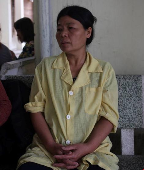 Hơn 1 tháng sau vụ nổ Văn Phú, nữ nạn nhân vẫn hôn mê sâu - 2