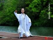 Thể thao - Thiếu nữ lên núi Võ Đang luyện tuyệt đỉnh Thái Cực Quyền