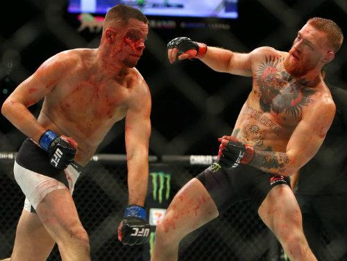"""UFC: Vì tiền, """"Gã điên"""" McGregor không về hưu non - 3"""