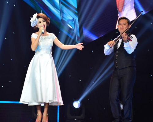 Đan Trường, Cẩm Ly phấn khích nhún nhảy vì hot girl Gia Lai - 8