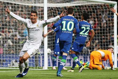"""Ronaldo đấu Aguero: """"Chiến binh"""" và """"sát thủ"""" - 2"""