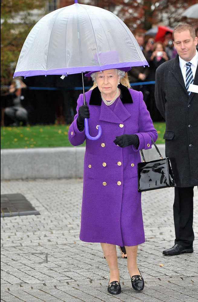 Nữ hoàng Anh thích diện 7 sắc cầu vồng - 5